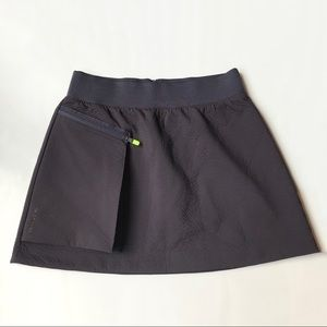 Nike Tech Pack pocket hiking Skirt Sz Med